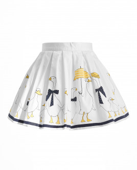 White skirt with a drawing Gulliver