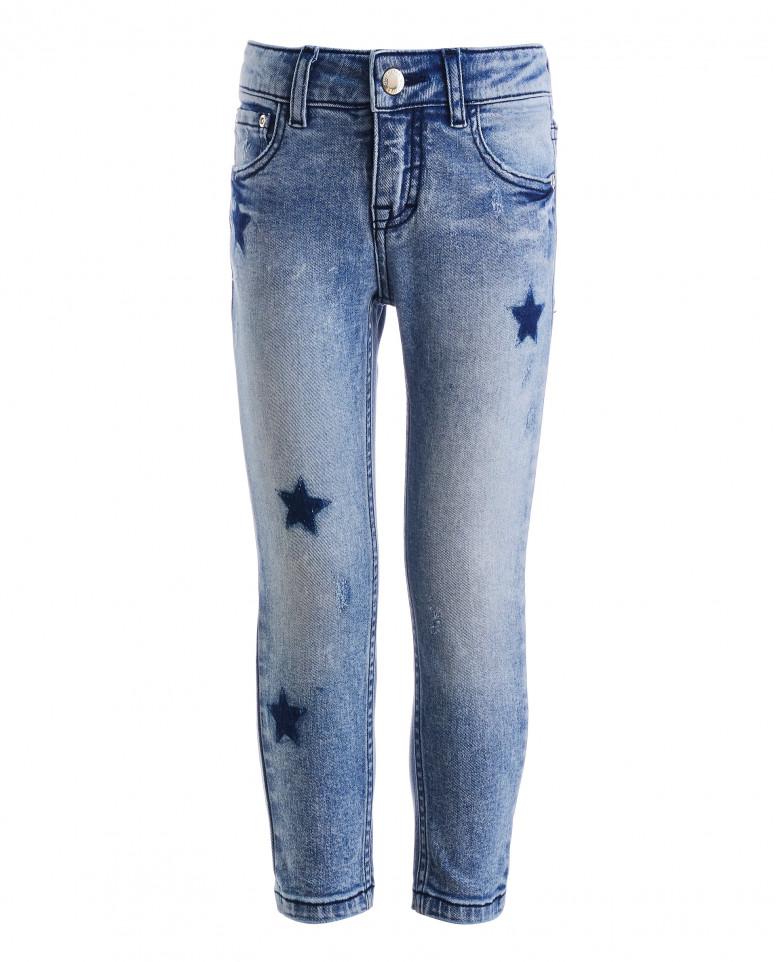 Голубые джинсы бойфренд
