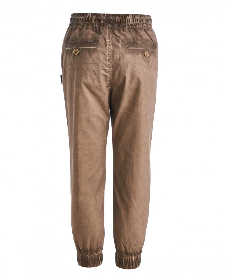 Коричневые брюки на резинке