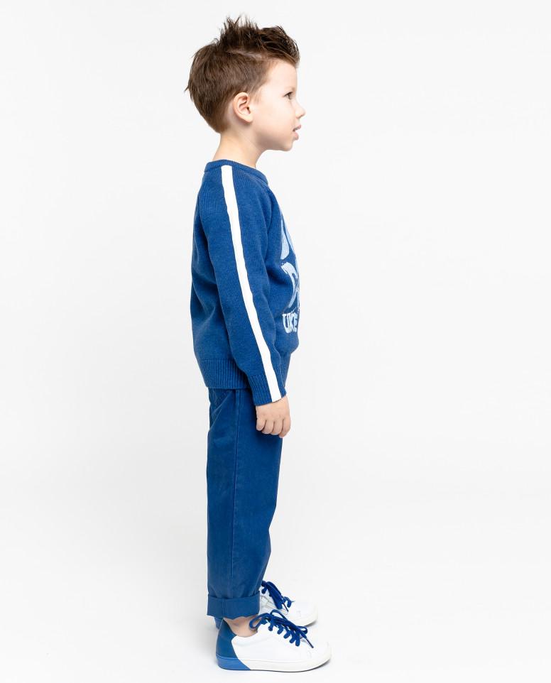 Синий вязаный джемпер