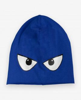 Синяя шапка с принтом