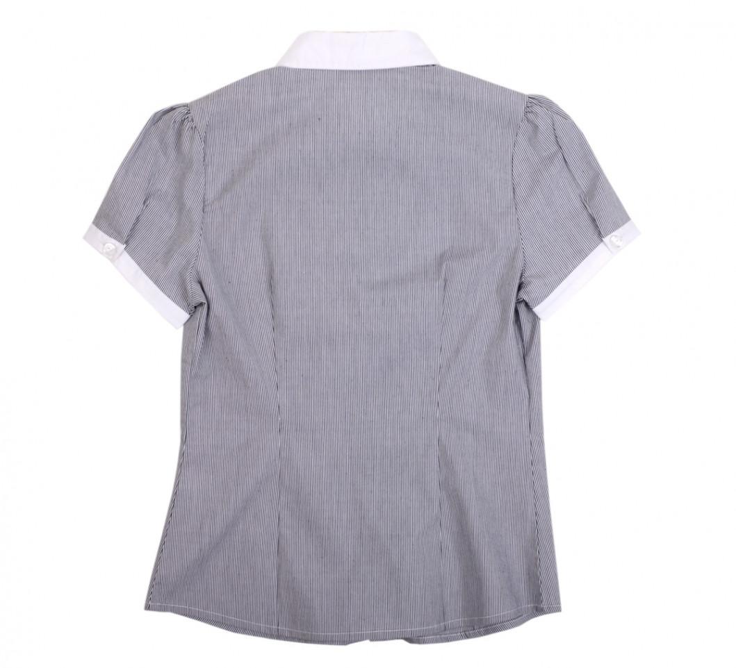 Блузка в серую полоску с коротким рукавом