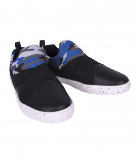 Black sneakers with camouflage ornament Gulliver