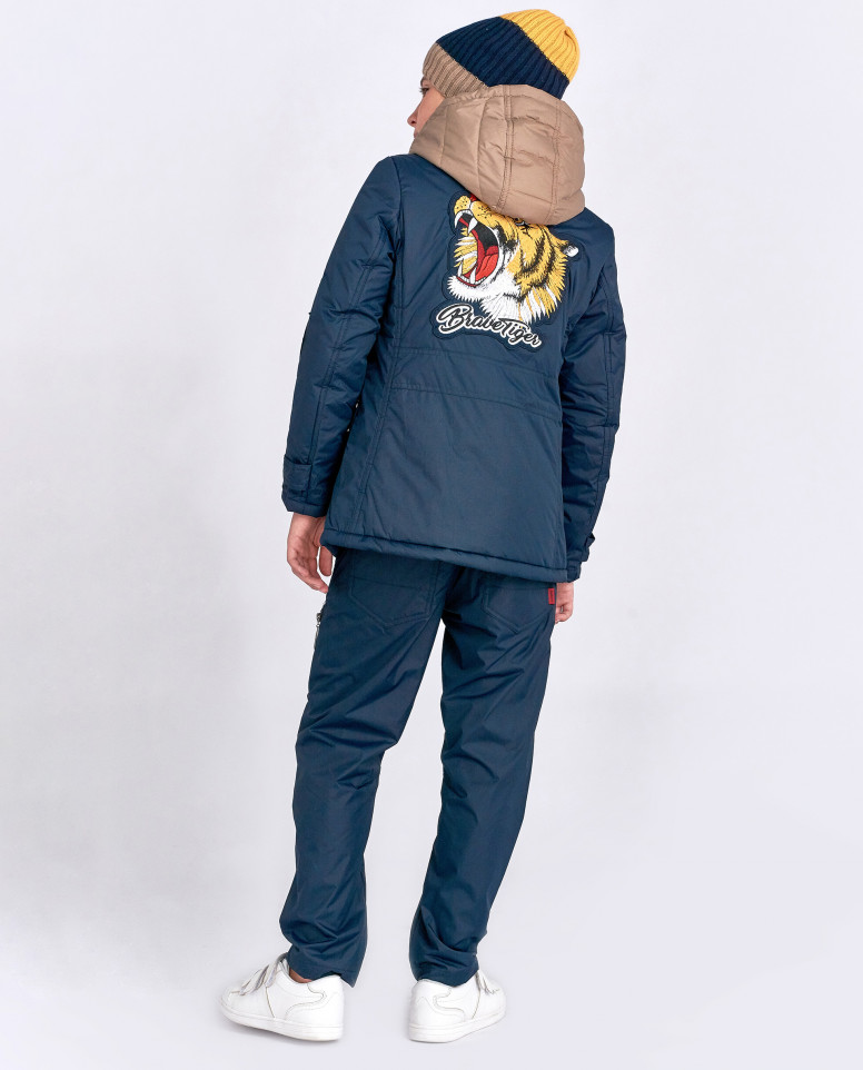 Многослойная демисезонная куртка