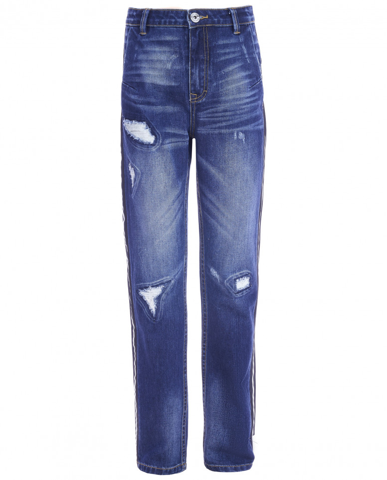 Синие джинсы с рваной отделкой