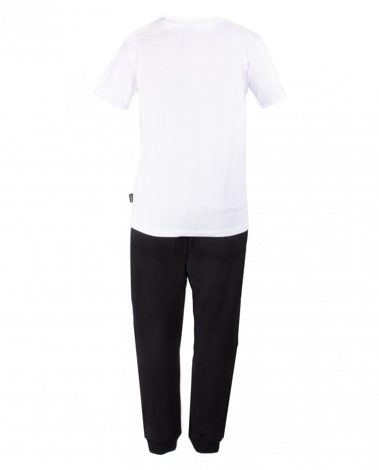 Комплект из футболки и брюк
