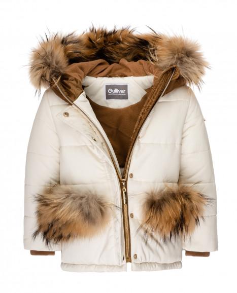 Зимняя куртка молочного цвета