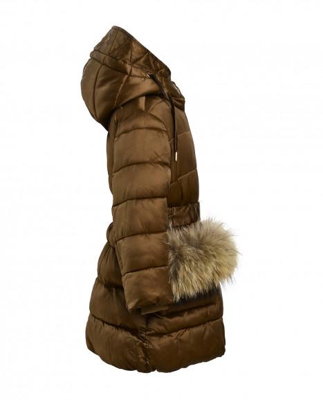 Бежевое зимнее пальто