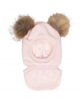 Розовая шапка-шлем с помпонами