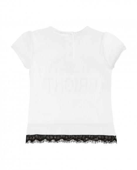 Белая футболка с кружевом