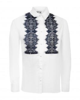 Белая блузка с синим кружевом
