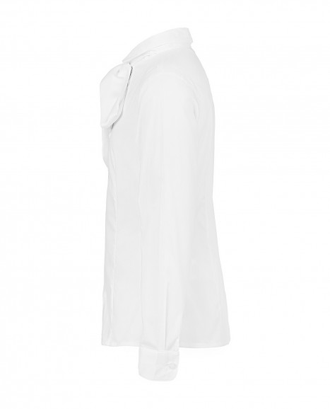 Белая блузка с бантом
