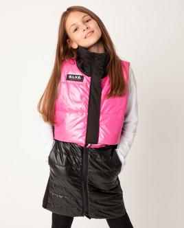 Розовый жилет