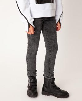 Черные джинсы утепленные
