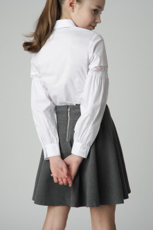 White blouse with lace Gulliver